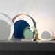 Lampada da tavolo di design in metallo laccato