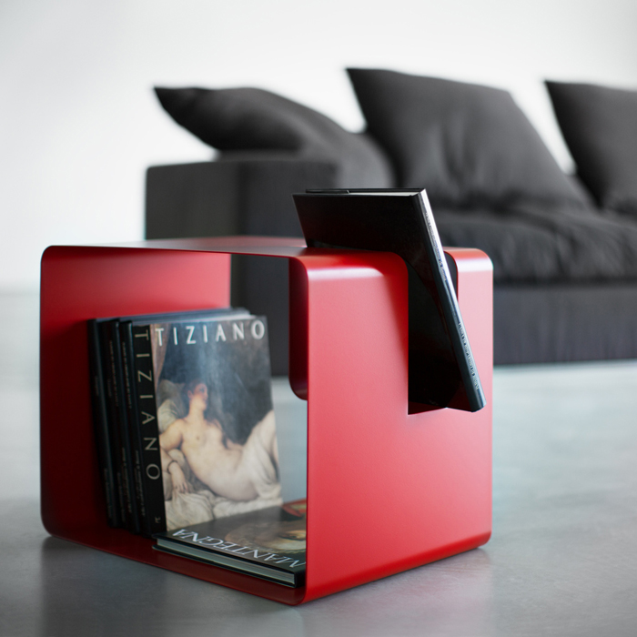 LIBRIS coffee table - magazine rack made of metal