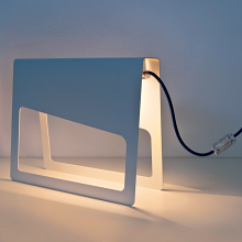 PIEGA table lamp made of metal with Schuko plug