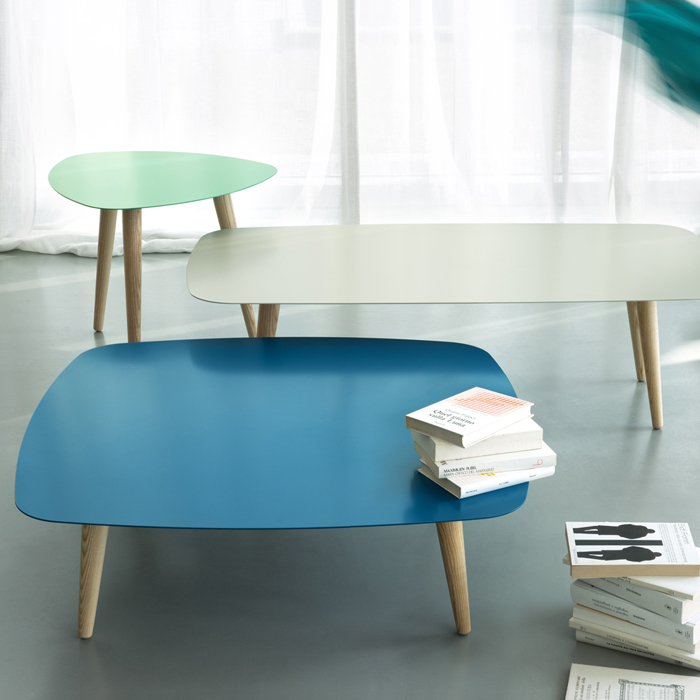 NORD QUADRO coffee table with metal top and ash wood legs
